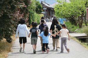 14_kids.jpg